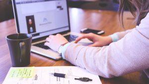 Os clientes obtém diversos benefícios, como baixas taxas de juro, caso optem por adquirir um crédito pessoal online