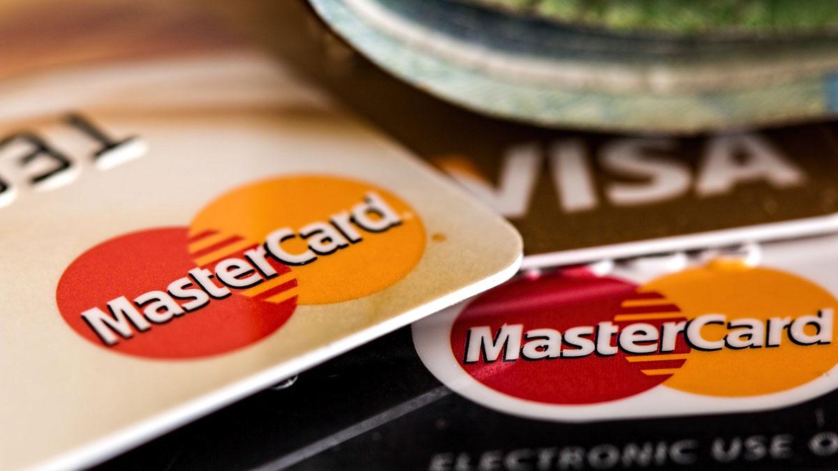 As obrigações dos bancos com os cartões de crédito