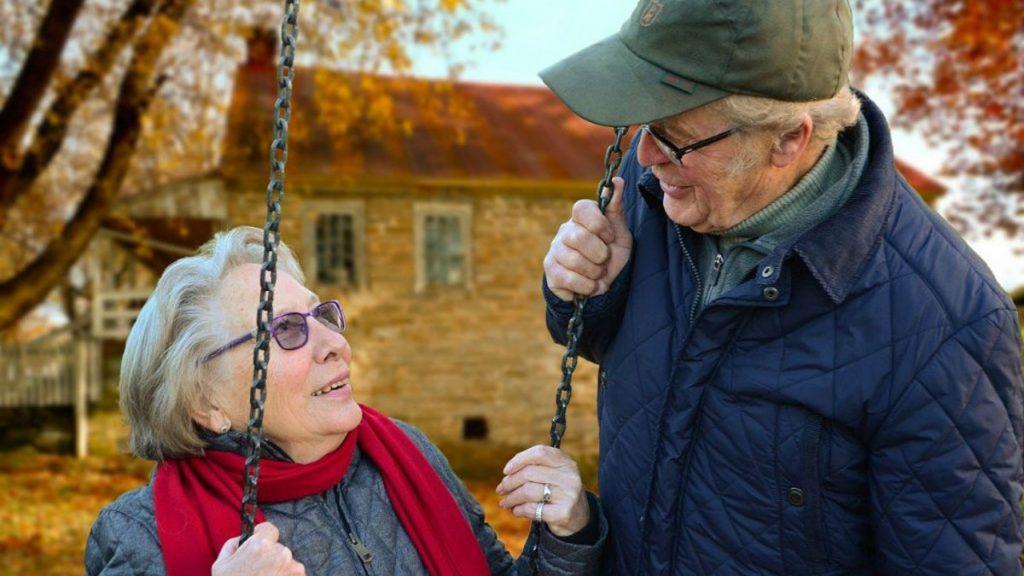 Os 60 anos de idade e os 40 anos de desconto são essenciais para poder fazer o pedido de reforma antecipada
