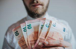 Como calcular o seu salário líquido