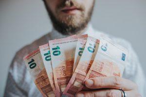 Como calcular o seu salário líquido?