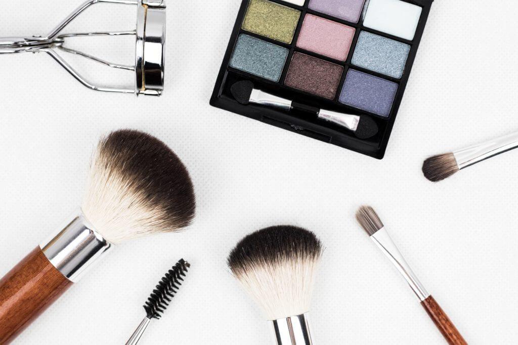 Nos saldos de 2020, março é mês ideal da cosmética e perfumaria