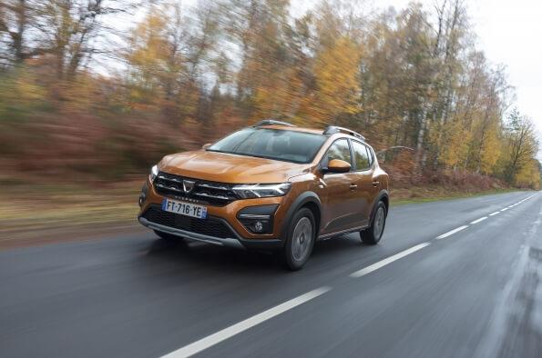 carros para comprar em 2021 - Dacia Sandero Stepway